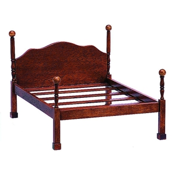 Chippendale double bed with canopy