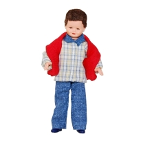 Junge mit rotem Pullover