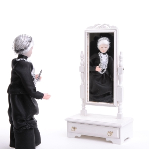 Chippendale standing mirror