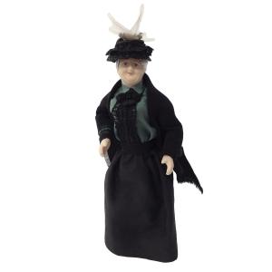 Alte Dame mit Umhang und Hut