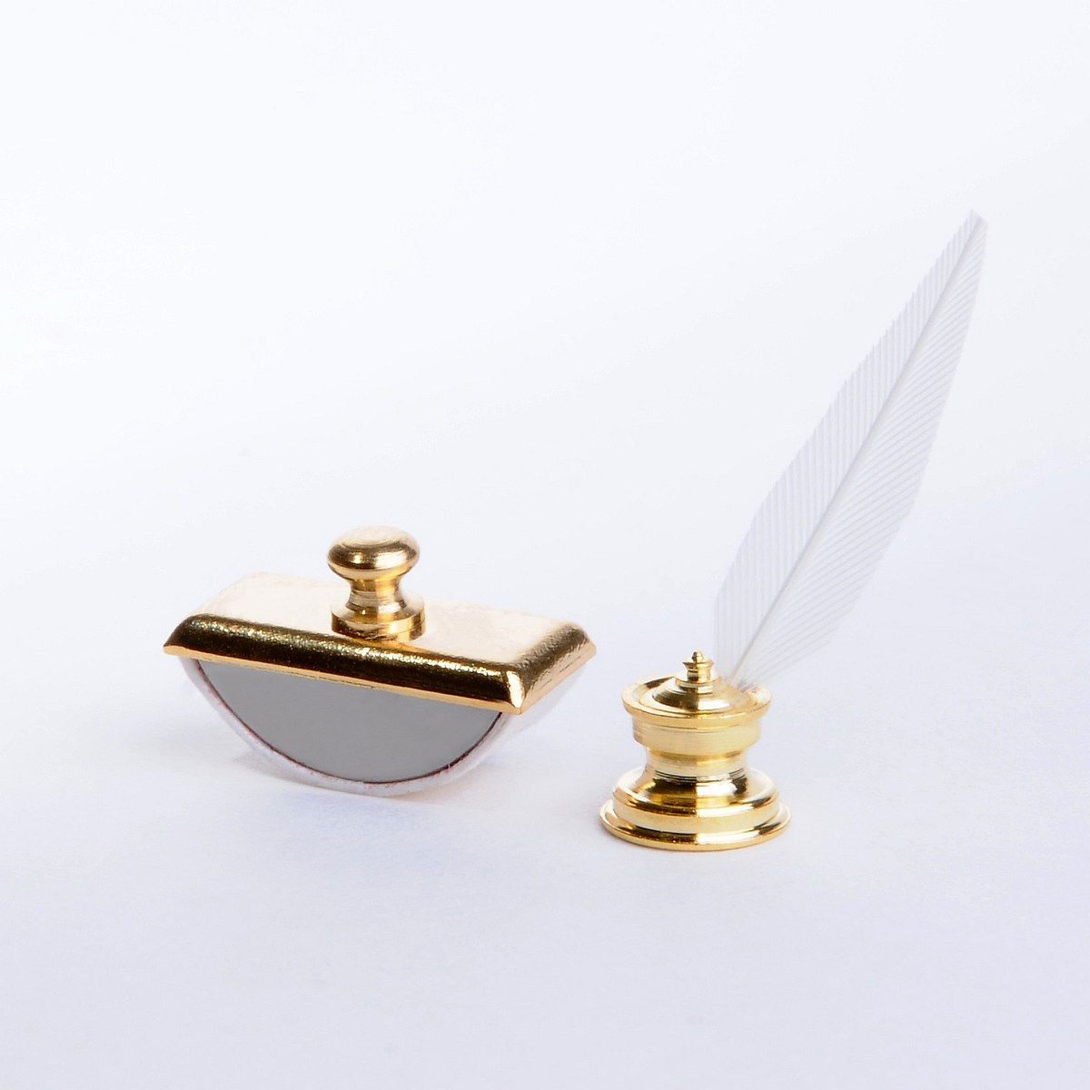 Inkwell with quill, blotter